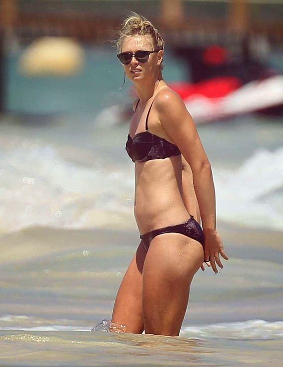 Maria Sharapova Bikini In Cancun